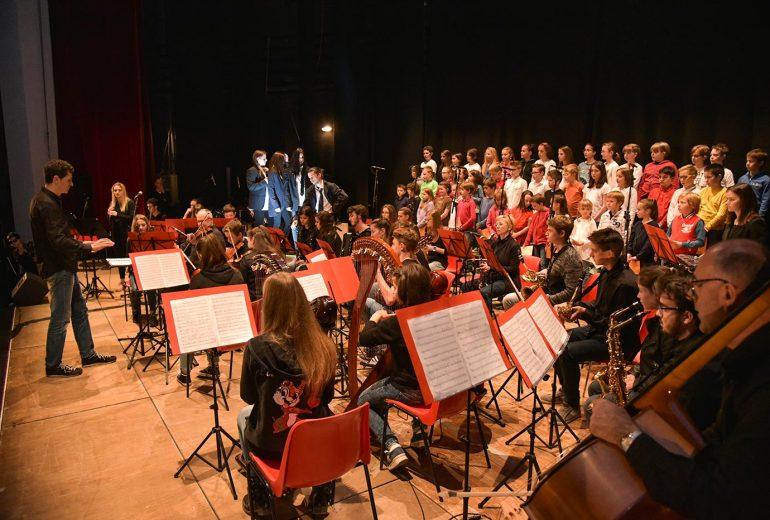 Coro e orchestra giovanile della scuola